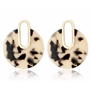 Jewelry - Light Tortoise Acrylic Circle Drop Stud Earrings